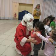 Les enfants qui le souhaitaient pouvait embrasser le père Noël